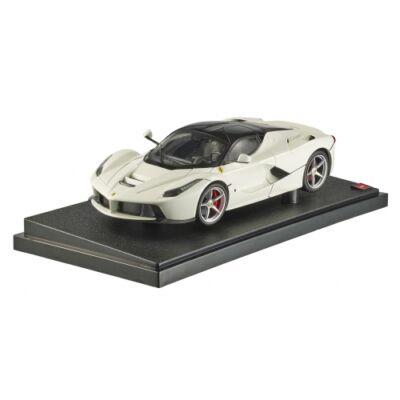 Ferrari modellautó - LaFerrari fehér